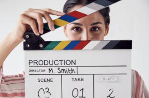 הפקת סרטונים שיווקיים תוך שילוב עם פרסום ברדיו ובטלוויזיה